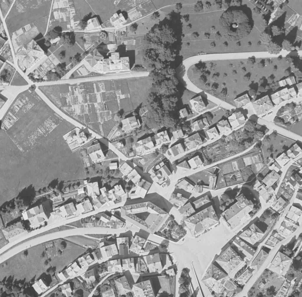 swisstopo. Luftbilder, Panoramen und kartografische Zeitreisen