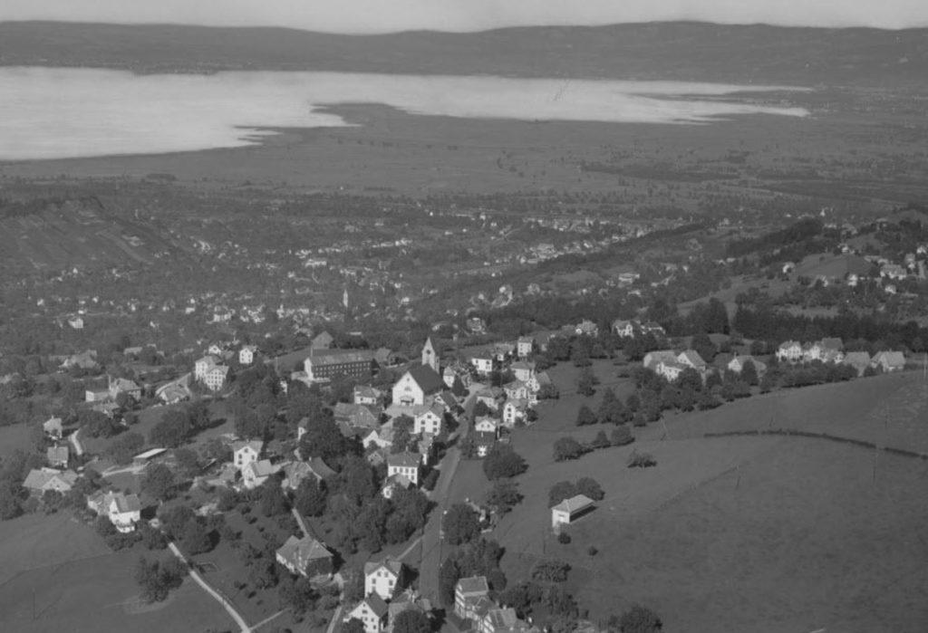 Foto Gross im Staatsarchiv Appenzell Ausserrhoden. 1000 Flugaufnahmen online